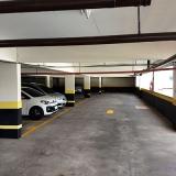 pintura de faixas de garagem